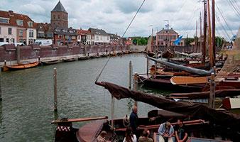 Dagexcursie naar Kampen met de bus